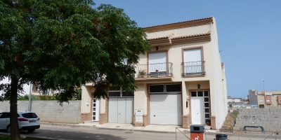 Town house on 2 levels  - Sale - Pilar de la Horadada - Pilar de la Horadada